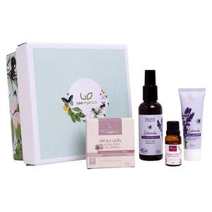 -Kit-de-Presente-com-Cosmeticos-Naturais-para-o-Cuidado-Feminino-Use-Organico